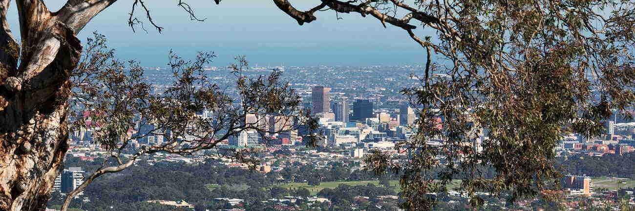 Adelaide City & Hahndorf Tour $54